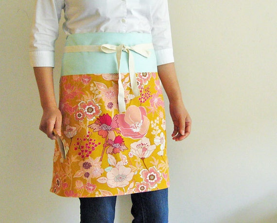Reversible apron - flowers on gold with mint green band