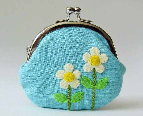 Coin purse cream mod flowers on sky blue
