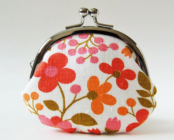 Handmade coin purse - vintage pink flowers on white