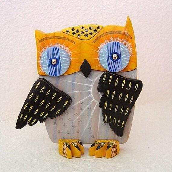 Lorenzo ------ Wooden Interactive Owl Figure
