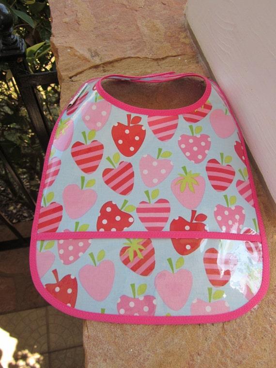 WATERPROOF WIPEABLE Baby to Toddler Plastic Coated Bib Strawberries
