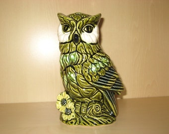 Green Owl Planter