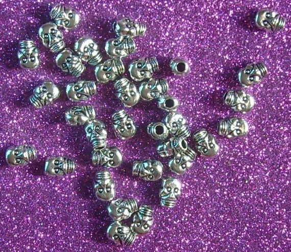 Metal Skull Beads lot of 24 pieces skeleton death day of the dead halloween