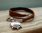 Urban Turtle. Leather bracelet. Leelinau handmade