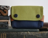 small pouch - moss green and midnight blue