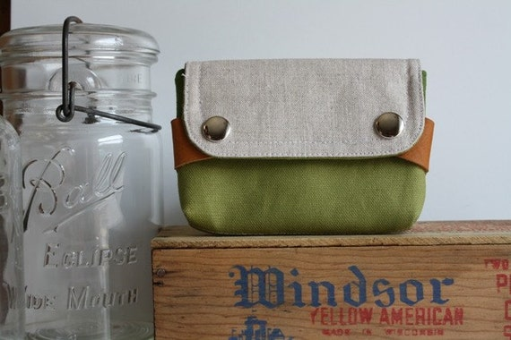 small pouch - moss green and pine green