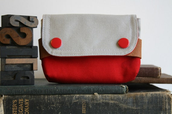 small pouch  - smokey and red