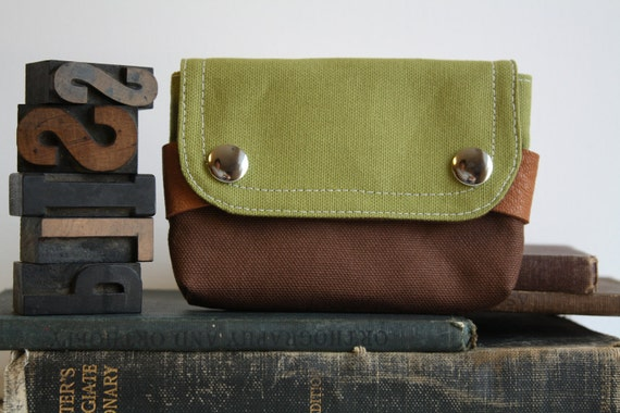 small pouch - moss green and dirt brown