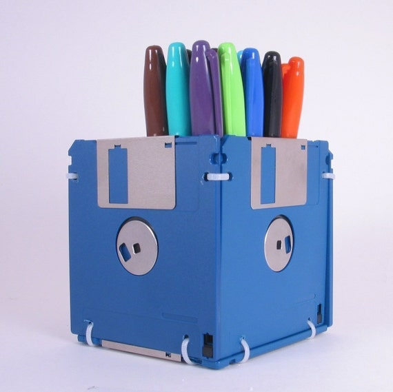 Floppy Disk Pen and Pencil Holder (BLUE)