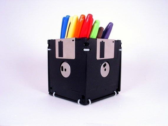 Floppy Disk Pen and Pencil Holder (BLACK)