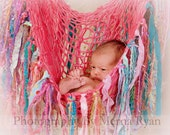 Newborn FRiNGE BLaNKeT Baby PHoTO PRoP Baby Hammock YaRN FaBRiC Rag Strip PRoP Hanging Baby Pod SLiNG Pink Mauve Aqua Lime KiD THRoW ProP