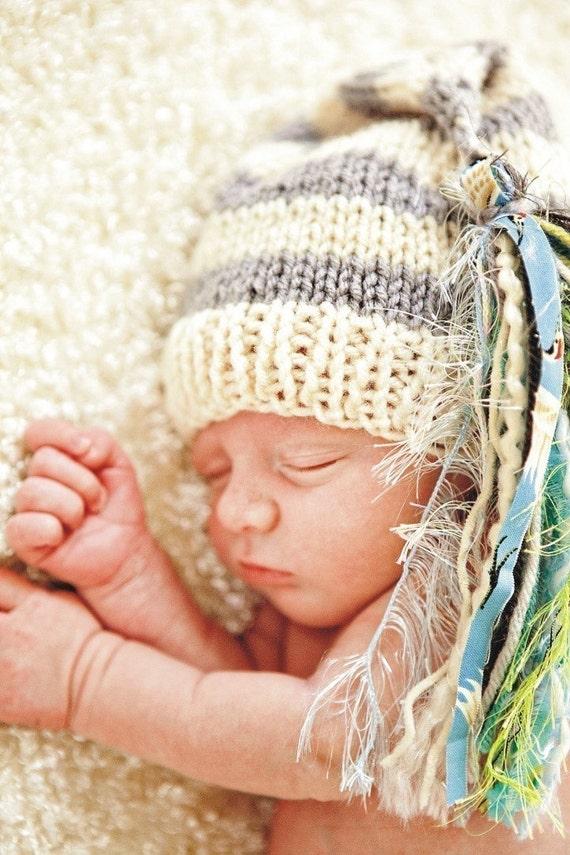 Newborn Baby Boy Knit Hat BaBY PHoTO PRoP Stocking Cap HuGe Tassel Beanie UNiSeX Ivory Grey Stripe Lt Blue Green CHuCKLeS BeANiE Coming Home