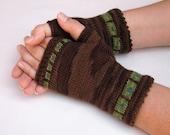 Pattern, Squared Up fingerless gloves