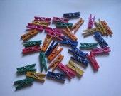 35 mini wooden clothespins