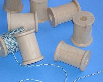 18 wooden spools /  3cm size