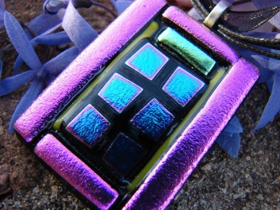 Dichroic Glass Handmade in Mexico- Mexican Window Pendant- Calle Sin Nombre-Mosaic Glass Necklace- Dichroic Glass- Pink Necklace- Mexico-