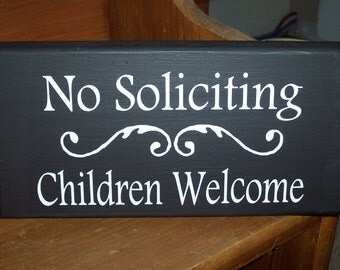Whimsical No Soliciting Children Welcome Wood Vinyl Sign Kid Boy Girl Door Lawn Gate Yard Hanger Do Not Knoc Disturb Unless Cookies Candy