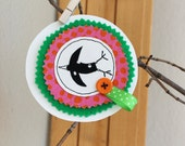 Syko happy bird brooch - bright pink and green