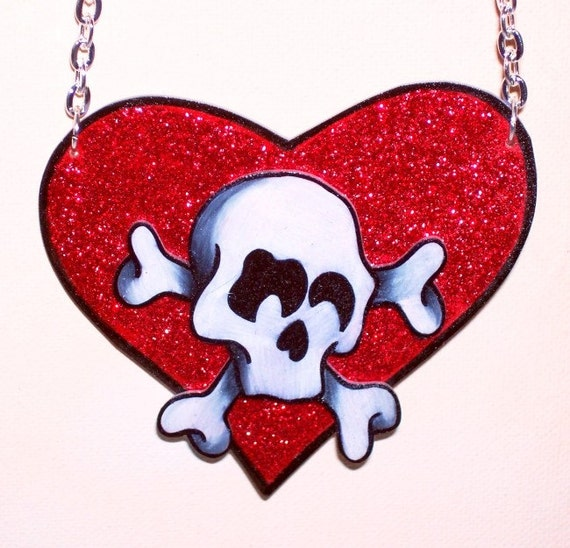 glitter and skulls poison heart valentine necklace