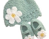 Baby Daisy Flapper Beanie and Maryjane Set  - seaspray, yellow, white