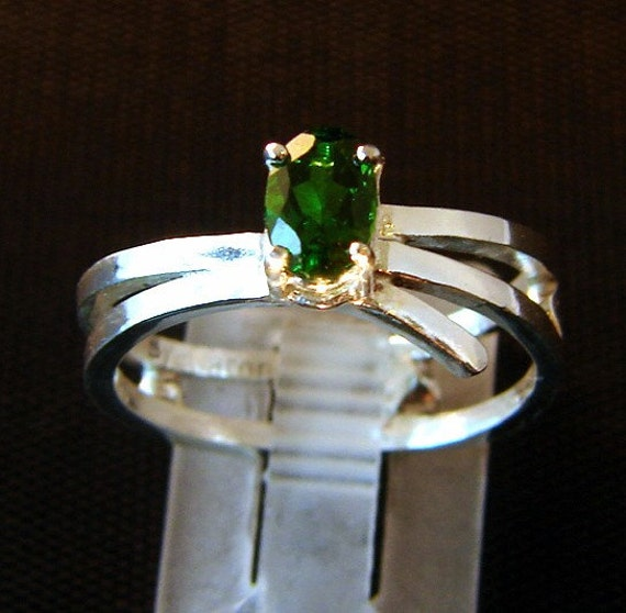 Become - Chrome Diopside gemstone Ring