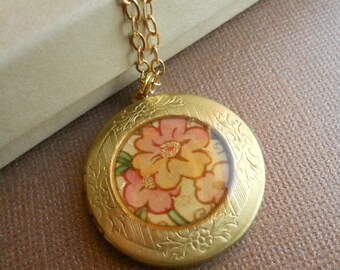Savannah - Vintage Locket Necklace