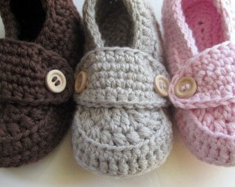 Baby Booties, Crib Shoes, Cotton Loafers, slippers // Many sizes and colors to choose from // Pregnancy Announcement, Baby Shower gift