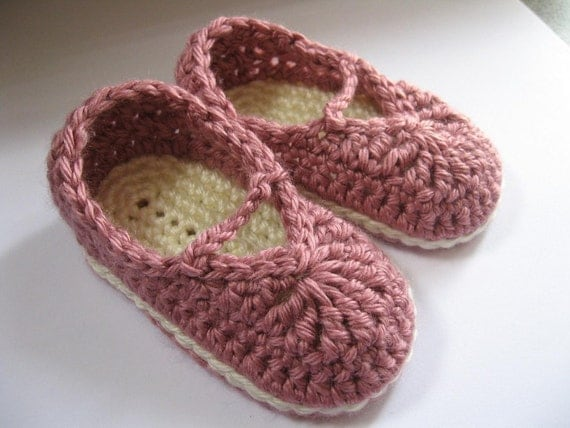 Crochet Baby Booties Mary Jane Skimmers You Choose Size and Color