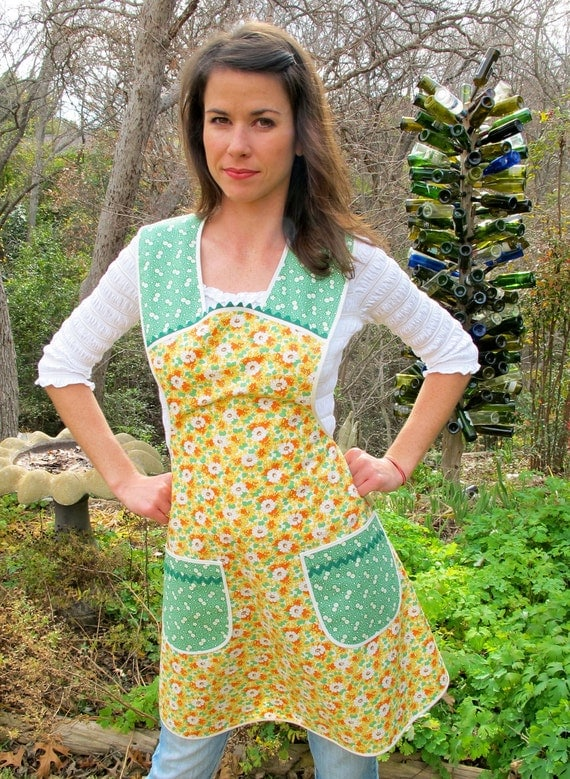 You Need Another Apron Apron -  Spring Cleaning  -   Vintage Everyday Housewife Apron - medium to large