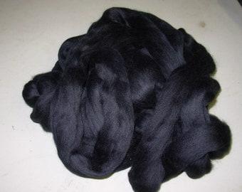 Black Dyed Merino 8 Ounces  21 Micron