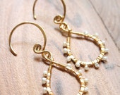 Small Drop - 18k Gold Plated with White Pealr
