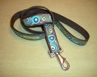 Synchronicity Leash in Teal and Pistachio