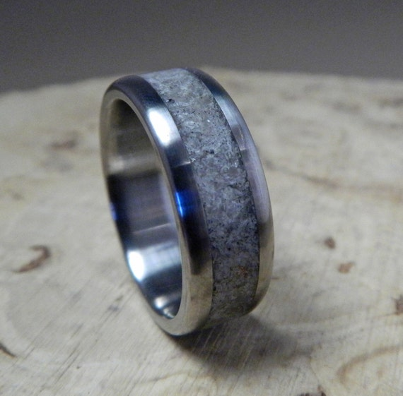 Titanium wedding ring titanium with rose quartz inlay for Quartz wedding rings