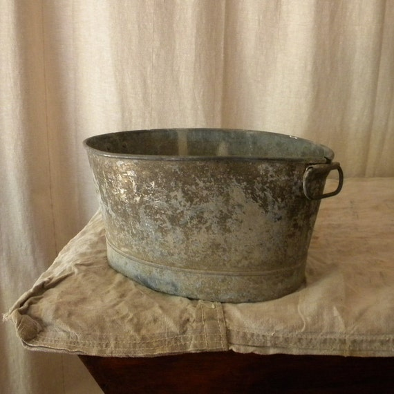 Reserved rustic zinc basin vintage french country decor for Decoration zinc