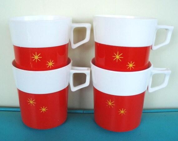 SALE 4 vintage plastic star mugs