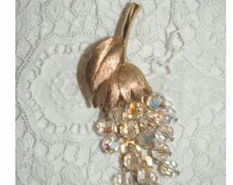 Aurora Borealis Brooch - Beautiful Vintage Dangling CLUSTER of GRAPES Pin
