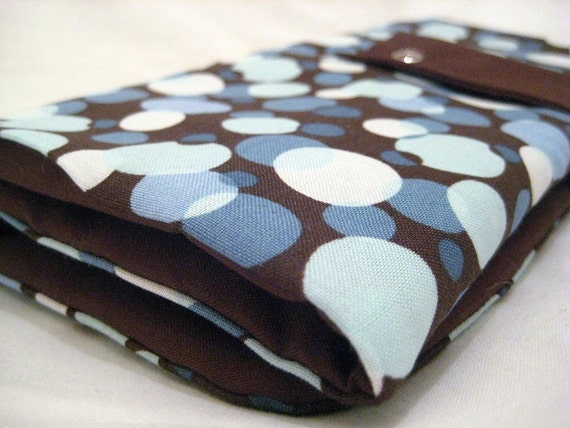 circular knitting needle organizer - chocolate brown and blue dots