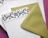 Set of 10 personalized flat notes- Black Leaf Motif With Chartreuse Envelopes and Text