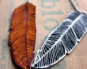 two leather feathers necklace