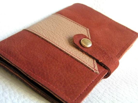 Tan on rust nubuck leather card case