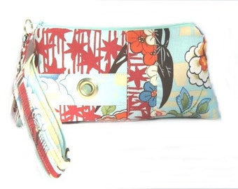 Mixed Floral Koto Zipper Pouch Wristlet Clutch Bag