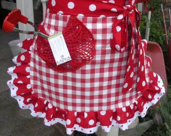 Red Checked Womens Aprons - Annies Attic Aprons - Red and Whit Aprons - Red Plaid Aprons - I Love Lucy Aprons  - Red Apron