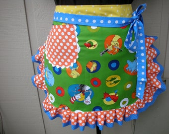 Dr. Seuss Teachers half Aprons - Half Aprons - The Cat in the Hat Aprons - Teachers Gifts - Dr. Seuss Fabric Apron - Handmade Half Apron