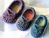 Baby Mary Jane Skimmers (crochet pattern)