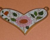 3 pcs. vintage gold tone floral heart pendants 30x21mm - f2149