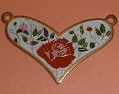 3 pcs. vintage gold tone floral heart pendants 30x21mm - f2150