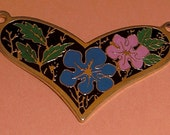 3 pcs. vintage gold tone floral heart pendants 30x21mm - f2153