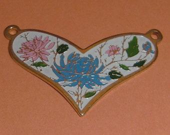 3 pcs. vintage gold tone floral heart pendants 30x21mm - f2148