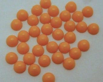 100 pcs. vintage orange plastic cabochons 5mm - f2575