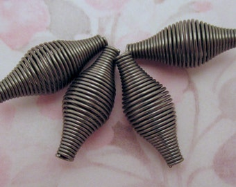12 pcs. raw steel wire coil spring beads 27x11mm - f2589